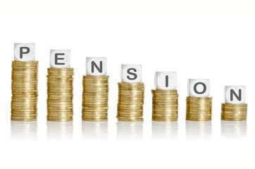 Finance ministry mulls hiking minimum pension