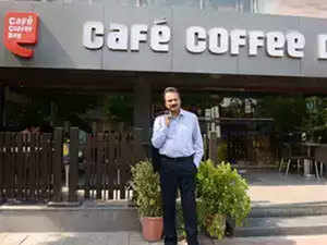 """Coffee Day, VG Siddhartha to act to get their """"attached"""" shares in Mindtree released"""