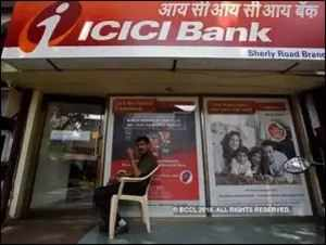 ICICI Bank case: CBI probe officer transferred day after signing FIR