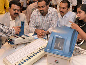 Polling-officers-bccl