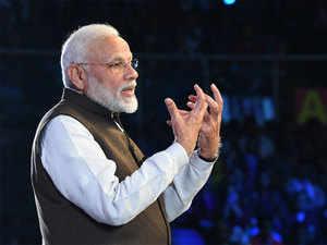 PM Narendra Modi inaugurates a slew of projects in Surat