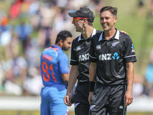 Boult, Grandhomme swings India out for 92