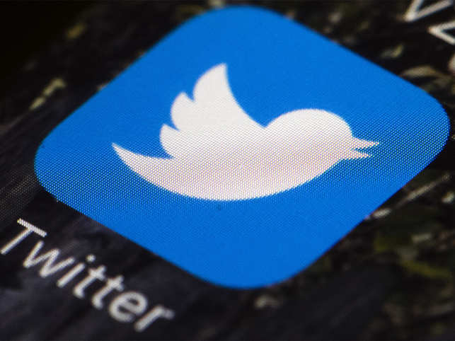 Twitter bug mislabelling retweets confuses users
