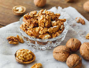 Walnuts a boon; can lower risk of depression, improve concentration