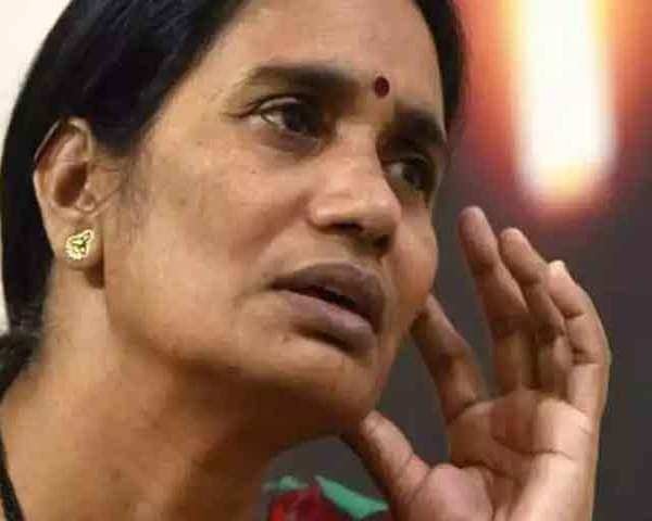 Delhi gang-rape case: Nirbhaya's mother moves court, seeks execution of  death sentence to convicts