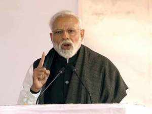 Pulwama terror attack: PM Modi warns Pakistan, says terrorists will pay a heavy price