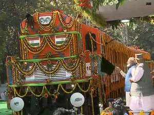 Modi flags off world's 1st diesel-to-electric locomotive at DLW campus