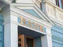 Bank1-Getty-1200