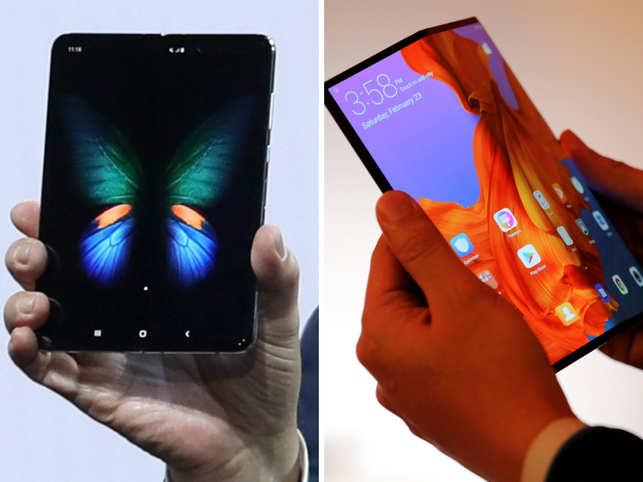 Samsung Galaxy Fold and Huawei Mate X (R)