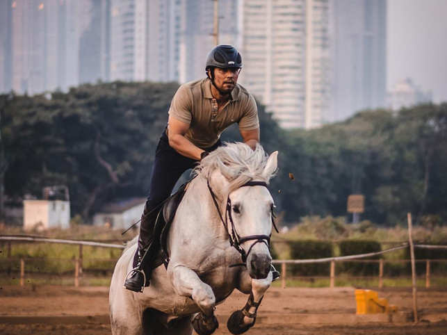 Randeep Hooda wins silver medal at National Equestrian Championship, shares pictures