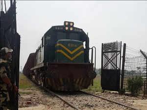 Pakistan suspends the operation of Samjhauta Express
