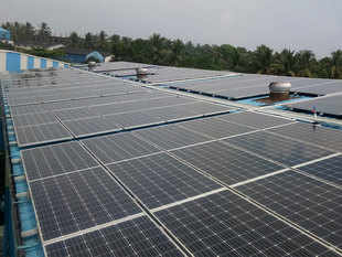 Green Cos continue to bid aggressively for solar projects