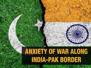 Watch: Anxiety of war along India-Pak border