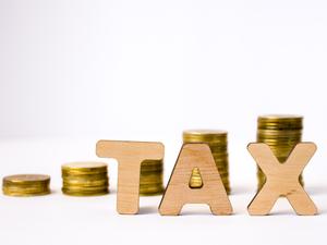 Tax-ThinkstockPh