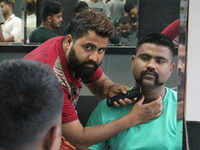 Want a hairstyle & moustache like Wing Commander Abhinandan? This Bengaluru salon is giving it for free