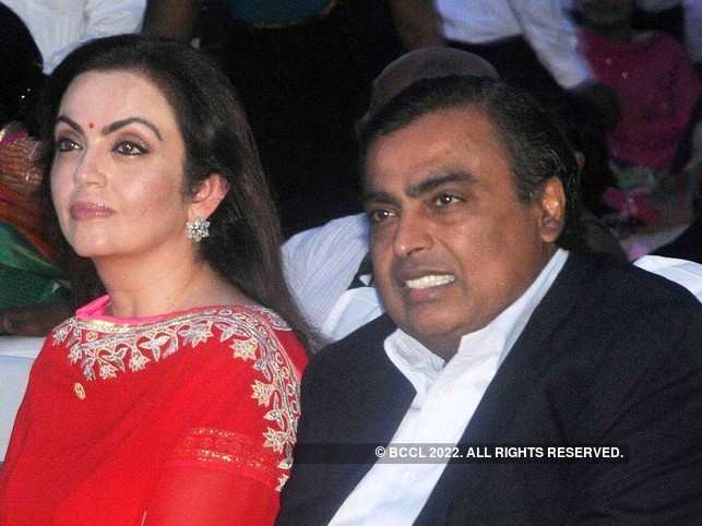 Ahead of Akash-Shloka's wedding, Mukesh & Nita Ambani send boxes of sweet to 50,000 Mumbai cops