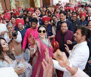 Akash's 'baraat' a party; Mukesh, Nita, Isha Ambani bring the house down with SRK, Ranbir