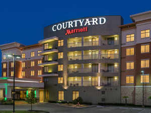 courtyard-by-marriot-offici
