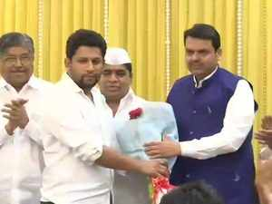2019 Lok Sabha polls: Maharashtra Congress leader's son Sujay Vikhe Patil joins BJP