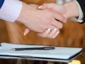 Negotiation strategies for women for a higher salary