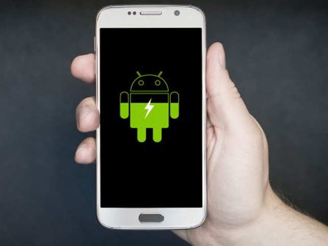 The next big release of Android (version 10 or Q) should be out in beta soon. If you like experimenting, you'll be able to download it to your phone too. Wouldn't it be great if Android 10 could include all the best parts of all the various different software customisations that Android has, says Hitesh Raj Bhagat.