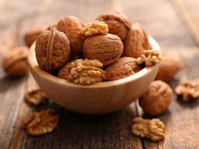 Adding walnuts to your daily diet may help boost metabolism