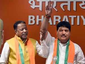 West Bengal: TMC sitting MLA Arjun Singh joins BJP