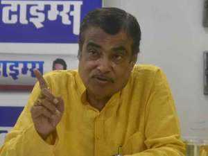 Nitin Gadkari holds talks with BJP, MGP leaders to decide on new Goa CM