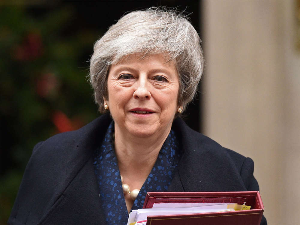 Over 1 million sign petition to reverse Brexit as Theresa May seeks delay