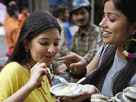 Sweet Overdose During Holi? 5 Oral Care Tips For Healthy Teeth