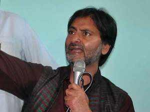 Yasin Malik-led JKLF banned under anti-terror law by Indian govt