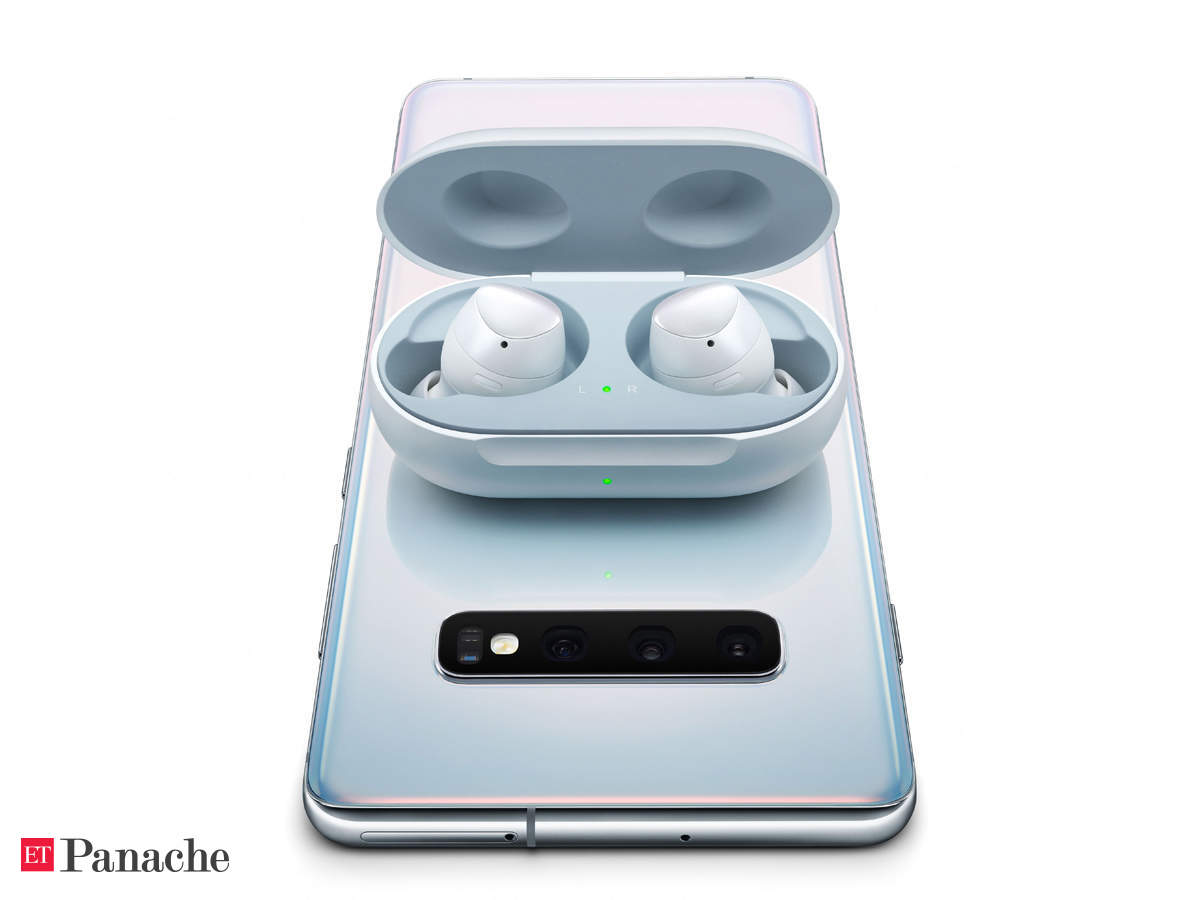 Samsung Galaxy Buds Samsung Galaxy Buds Review Qi Wireless Charging Adaptive Dual Microphones Set It Apart The Economic Times