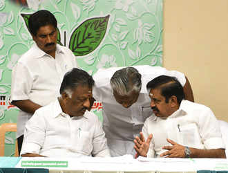 AIADMK going DMK way in dynastic politics, fields kin of its leaders in Lok Sabha polls