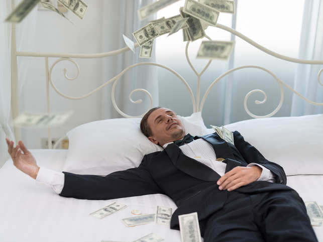 bed-money_GettyImages