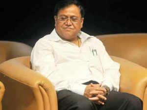 Dr Saraswat