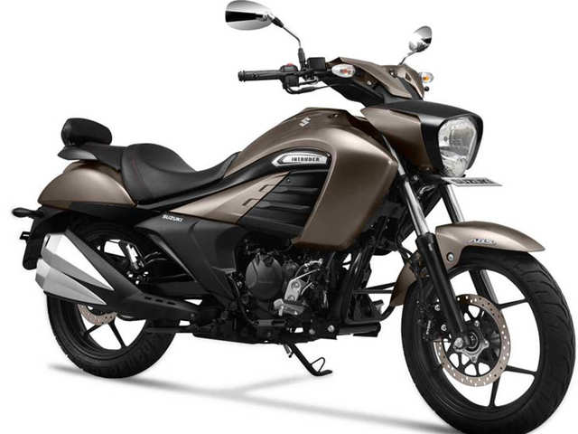Suzuki Motorcycle rides in the 2019 Intruder with improvised brake pedal at Rs 1.08 lakh
