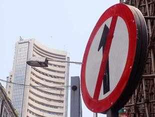 Sensex drops 162 pts in volatile trade, Nifty closes at 11,605