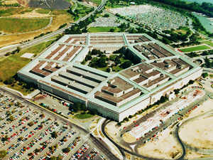 Microsoft, Amazon in race for $10 billion Pentagon project