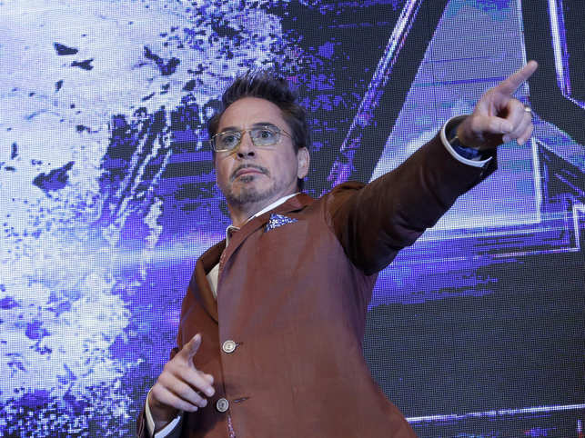 Robert Downey Jr video conferences with Indian fans, promises to visit India soon