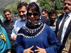 Mehbooba Mufti's carcade pelted with stones in South Kashmir's Anantnag