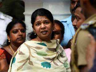 I-T Dept conducts raid at DMK candidate Kanimozhi's house