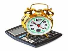 How to secure a regular, tax-efficient income from mutual funds?