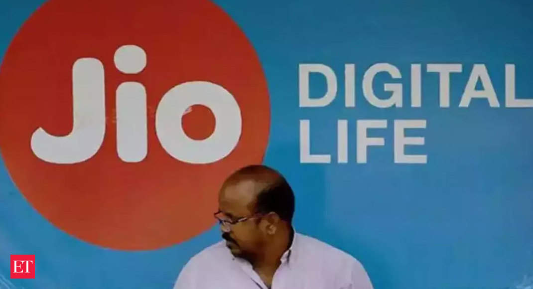 Jio says RCom sharing deal stands, won't be affected in case deal stops - Economic Times