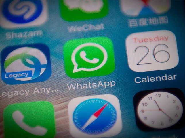 WhatsApp beta testing new emoji style for Status Stories