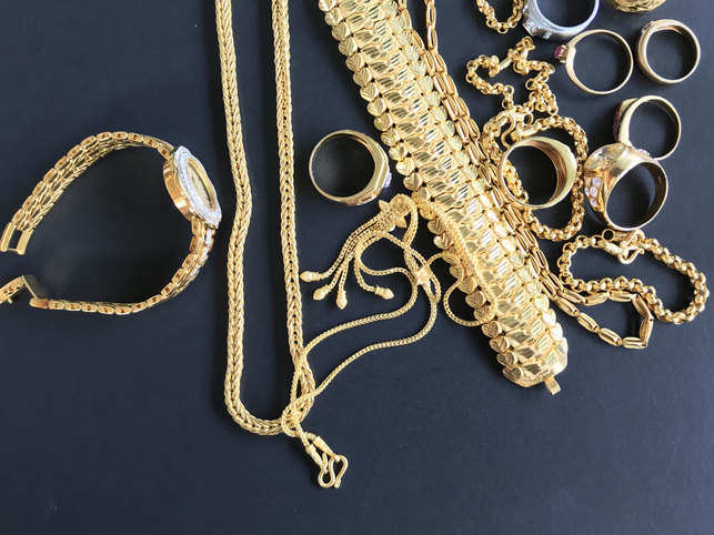 gold-jewellery-GettyImages-