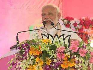 Narendra Modi in Varanasi: I want democracy to win in this election