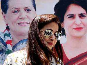 Congress MP candidate Urmila Matondkar casts her vote; urges citizens to come out and vote