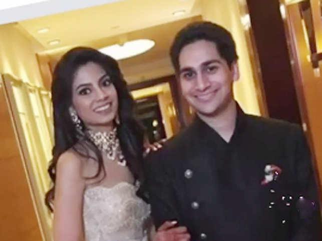 Aishwarya Gupta wedding: Aishwarya Gupta & Ruchir Dalmia get