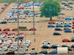 Automobile industry sales: Vehicle dealers see inventory pileup as