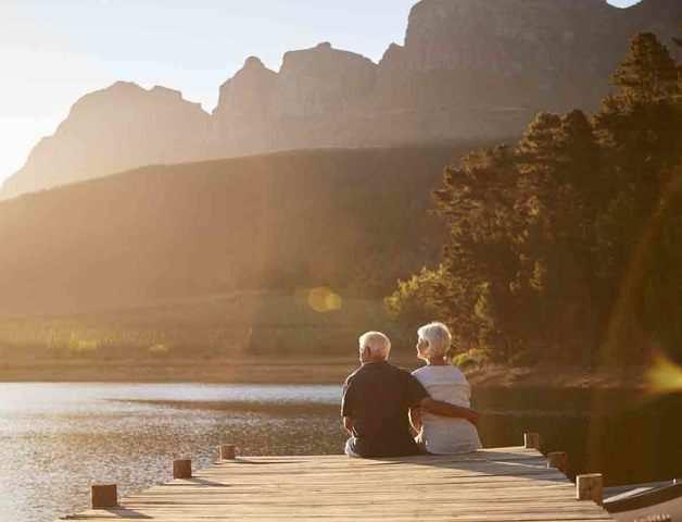 Tips to retire like a boss sans regret: Watch your bank balance, health & make a bucket list